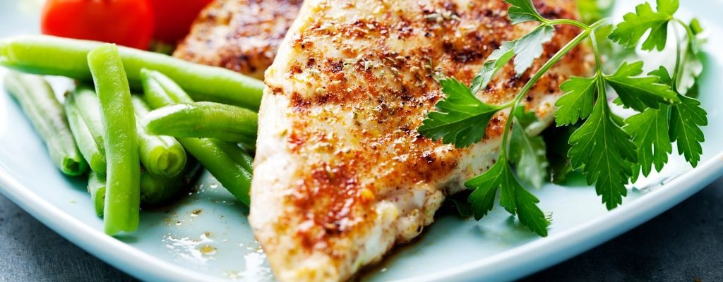 chicken breast with salad